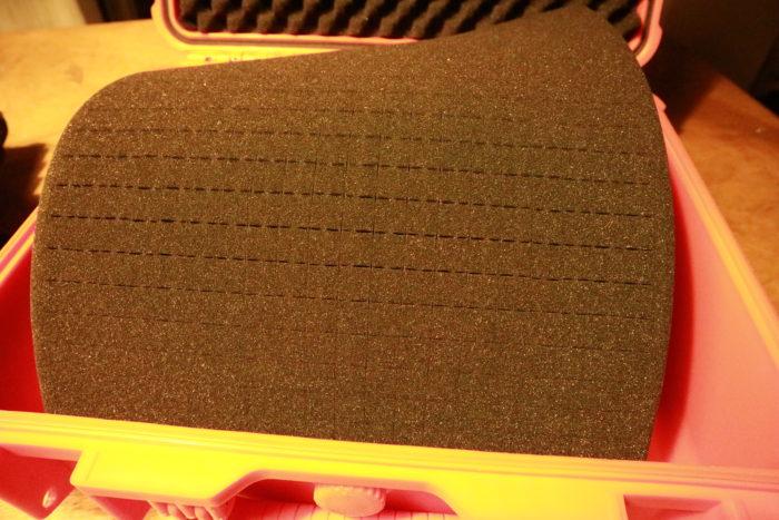 TRUSCOプロテクターツールケースのオレンジのLの切れ目のあるスポンジ