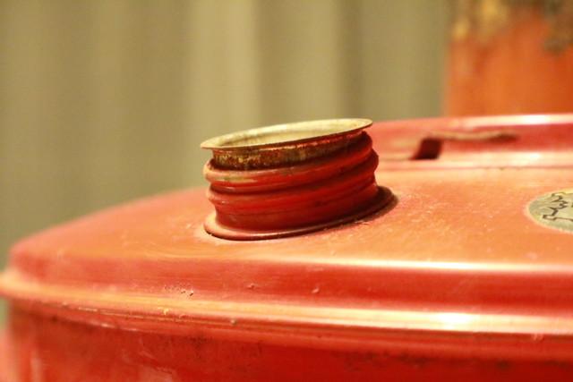サンエム養蚕用石油ストーブのエース型の燃料計