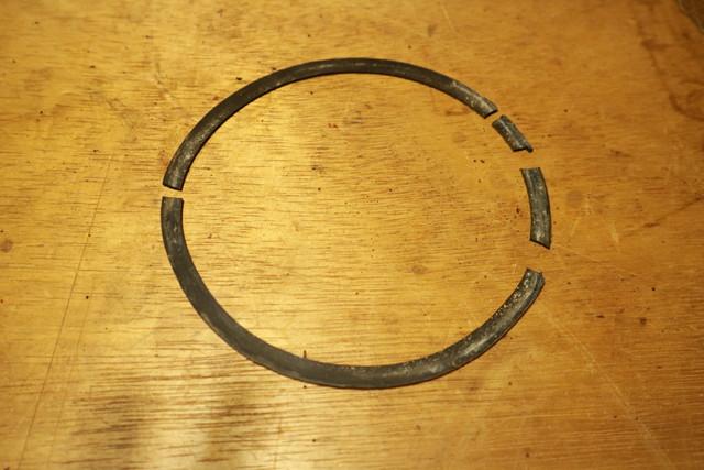 サンエム養蚕用石油ストーブのエース型の芯調整器のパッキン