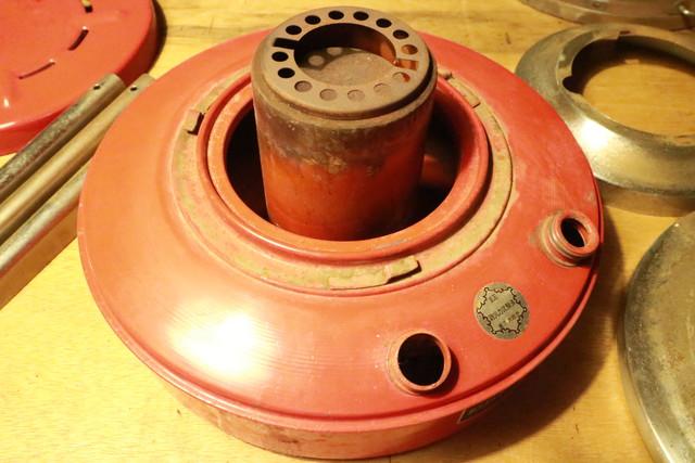 サンエム養蚕用石油ストーブのエース型のタンク