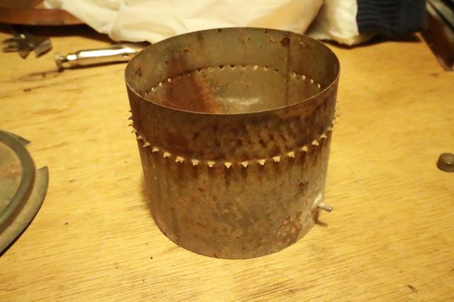 サンエム養蚕用石油ストーブの芯固定筒
