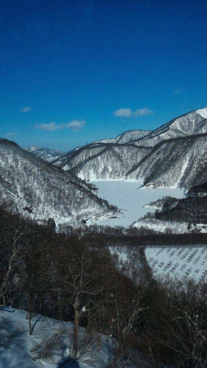 苗場スキー場と田代スキー場を繋ぐドラゴンドラ