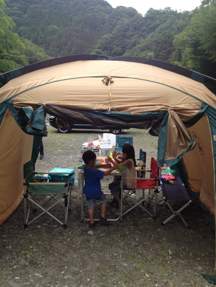 藤野キャンプ場サイレントリバーでキャンプ