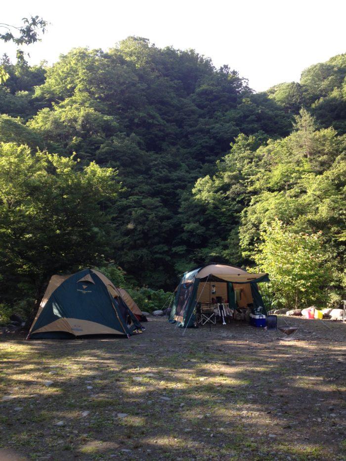 藤野キャンプ場サイレントリバーでキャンプの朝