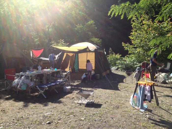 藤野キャンプ場サイレントリバーでキャンプの朝食
