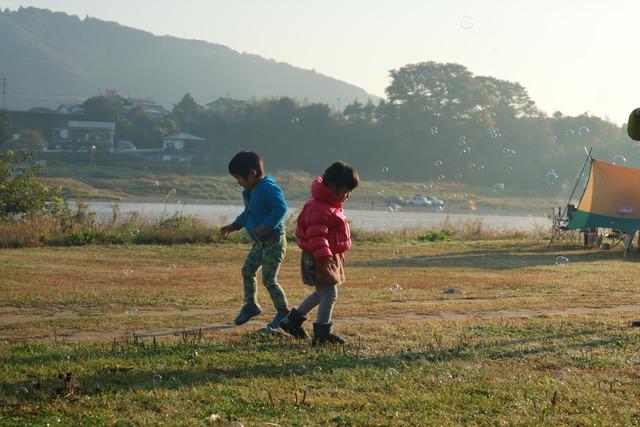 オートキャンプ那珂川ステーションでシャボン玉