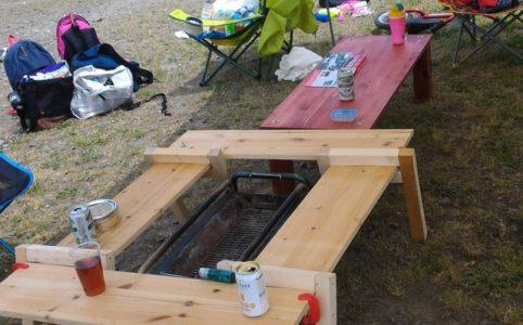 塗る前の囲炉裏テーブルでBBQをしてみる