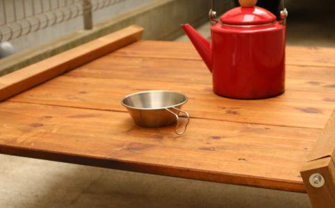 囲炉裏テーブルをローテーブルとして組み立てる