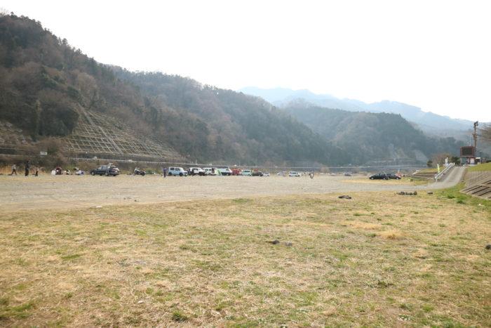 田代運動公園のキャンプをする河川敷