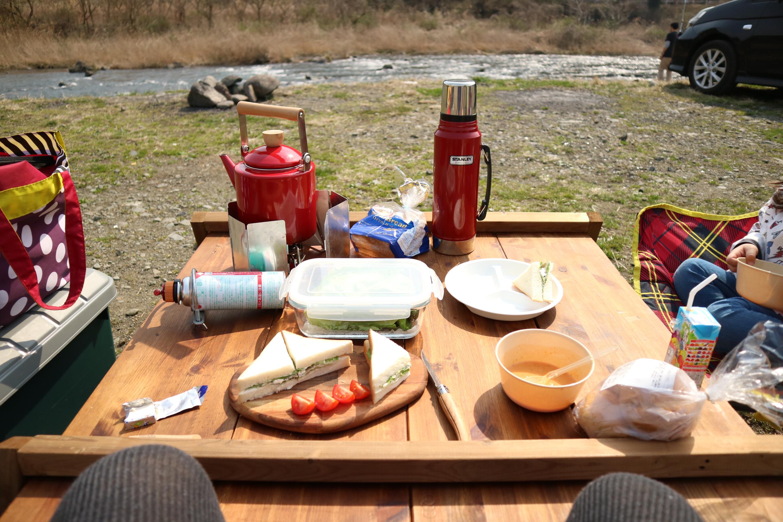 田代運動公園でデイキャンプの風景