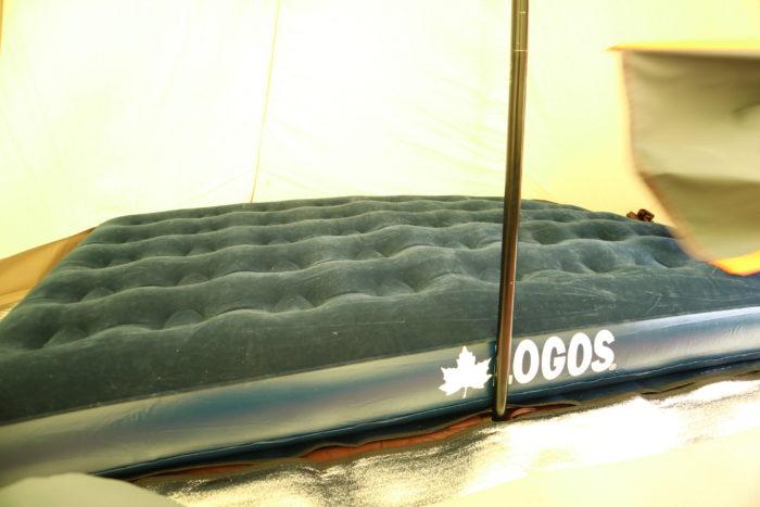 ノースイーグルのコットンワンポール300にLOGOSのエアーベットを入れてみる