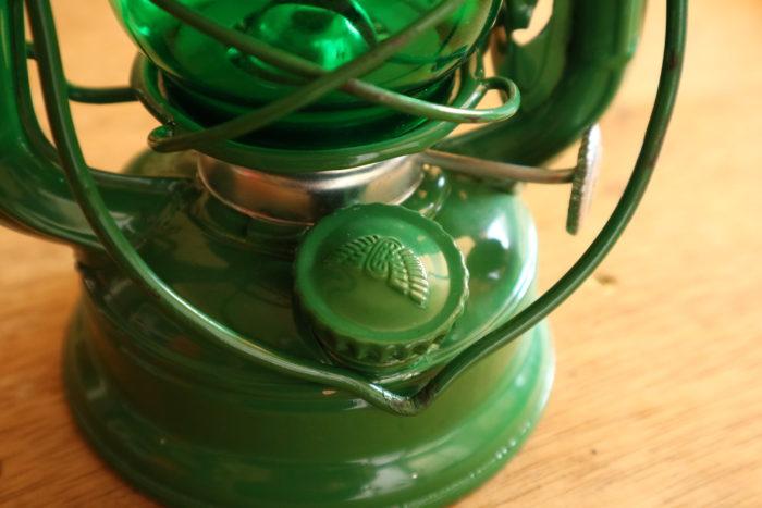 WINGED WHEEL No.350 色付きホヤの緑の燃料タンクキャップ