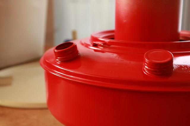サンエムストーブのレストアで再塗装したタンクの出来上がり