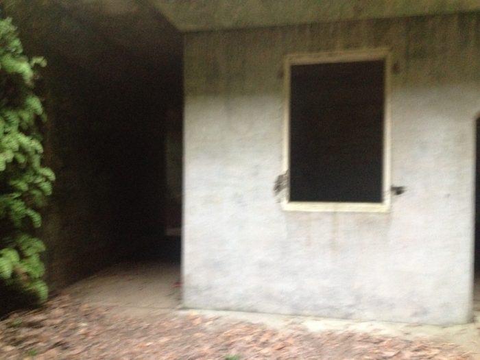 大房岬キャンプ場の帝国陸軍跡地、探照灯格納庫