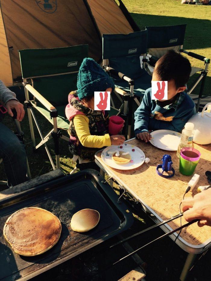 大房岬キャンプ場で朝食