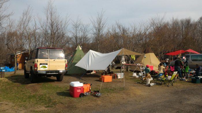 北軽井沢スウィートグラスでキャンプの設営
