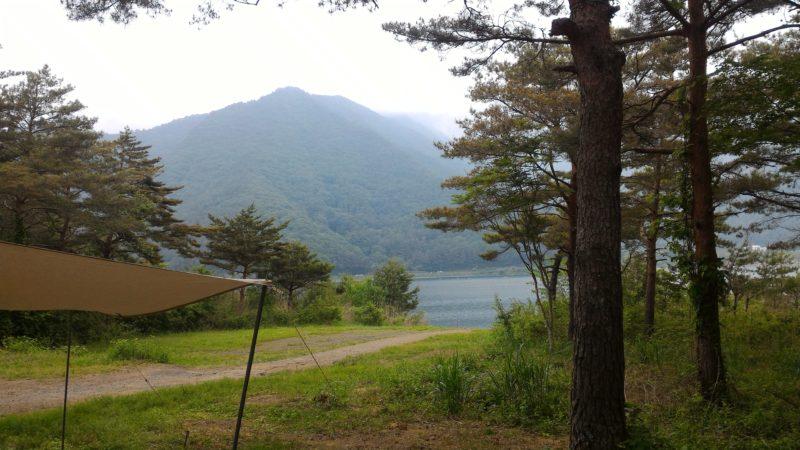 PICA富士西湖から見る西湖