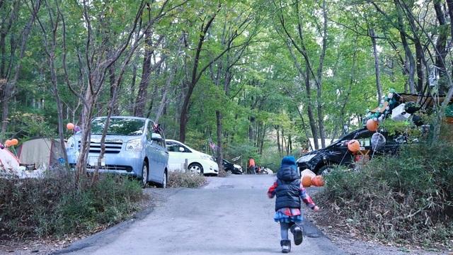 赤城オートキャンプ場の2016ハロウィンフェスタでキャンプの朝