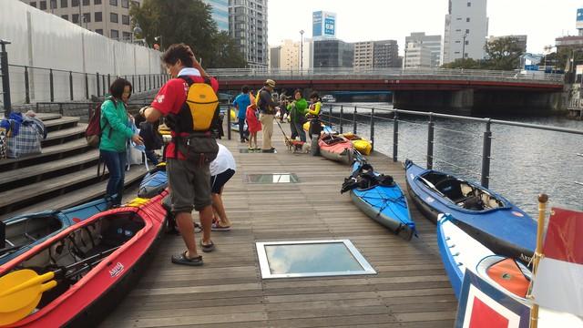 第35回横浜縦断カヌーフェスティバルの出艇準備
