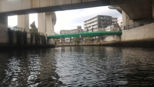 第35回横浜縦断カヌーフェスティバルの折り返し地点