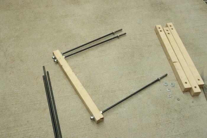 アイアンウッドテーブル用の試作用、足とシャフトを組み立ててみる