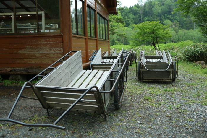 菅沼キャンプ村でテント泊する為のリヤカー
