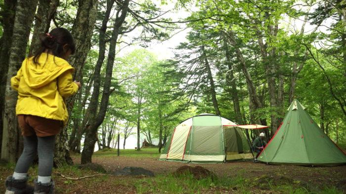 菅沼キャンプ村でノースイーグルのコットンワンポールテントとオクタゴンBIGスクリーン480タープを設営
