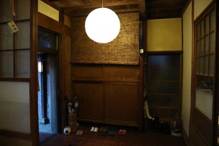 守谷海水浴場のお茶の間ゲストハウスの玄関