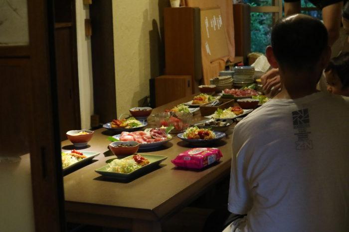 守谷海水浴場のお茶の間ゲストハウスの夕飯