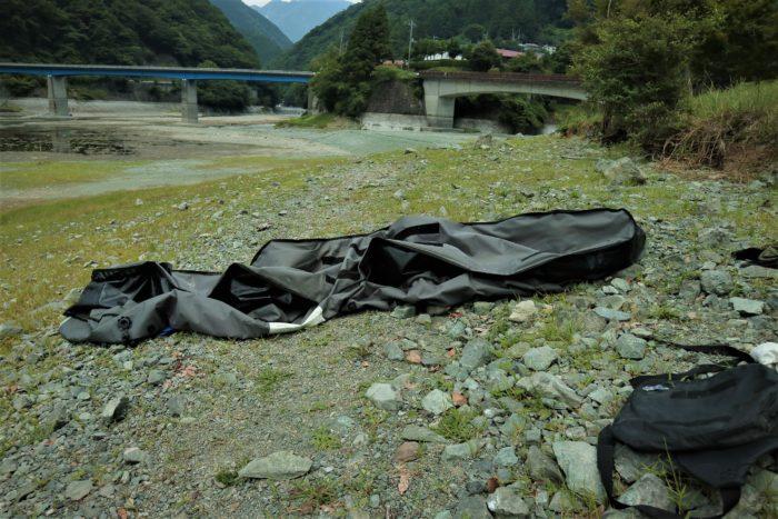 第17回カヌーマラソンIN丹沢湖の終了後、艇を乾かす