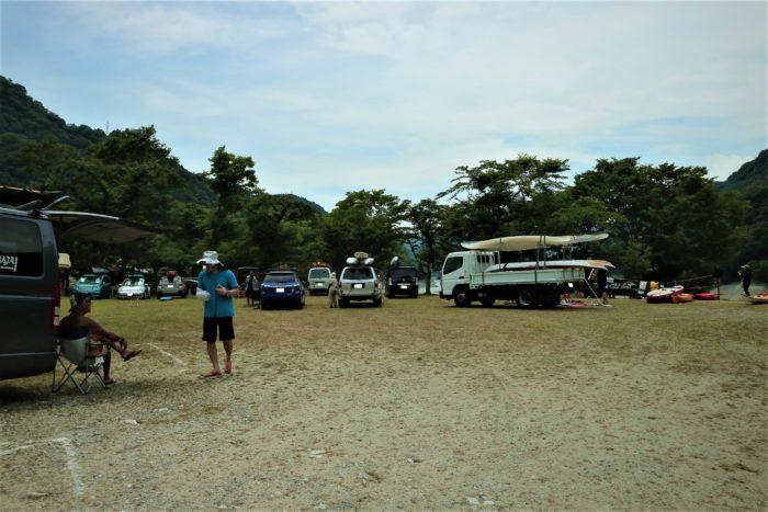 第17回カヌーマラソンIN丹沢湖の終了後、艇を車に積む