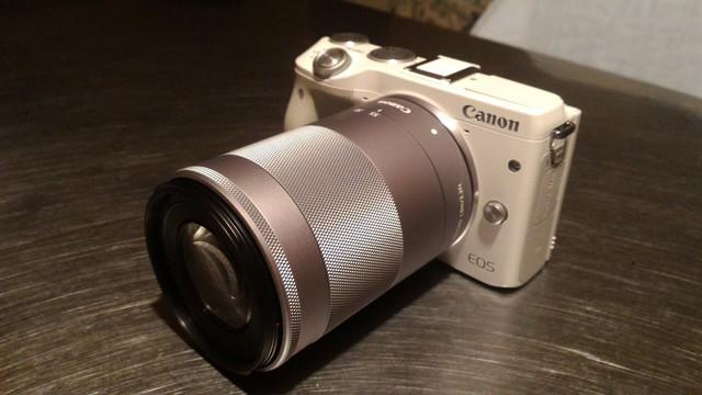 初めての一眼カメラ、ミラーレス一眼 CANON EOS M3 に望遠200mmを付ける