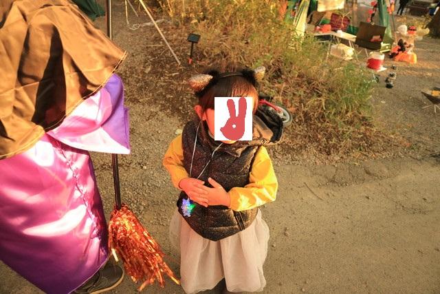 赤城オートキャンプ場の2016ハロウィンフェスタで仮装パレードに向かう