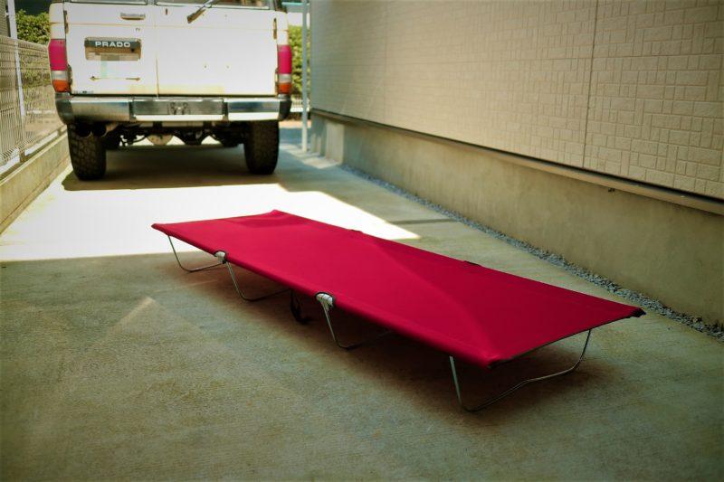 Qualz(クオルツ)のキャンパーズベッドⅡのレッドの組み立て後