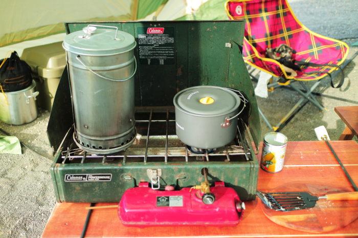 浩庵キャンプ場での昼食を作る