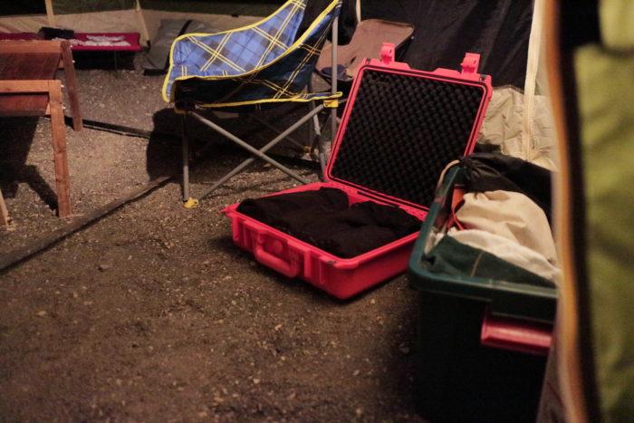 浩庵キャンプ場でランタンの準備