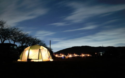 田代運動でソロキャンプの夜の風景