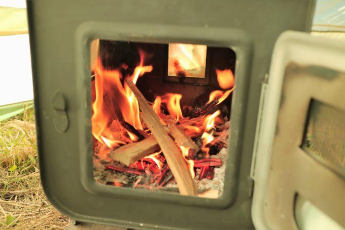 田代運動でソロキャンプして新保製作所のチョッパープロトタイプに火を付ける