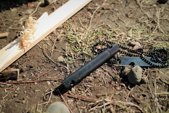 上大島キャンプ場で自作ウッドガスストーブを使う為にファイヤースターターで火を付ける