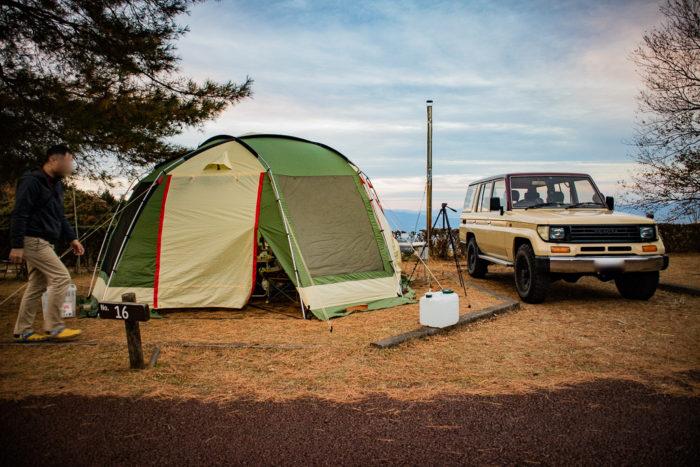 だるま山高原キャンプ場でタープの設営も完了