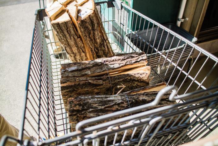 だるま山高原キャンプ場で使う薪はカインズホームで調達
