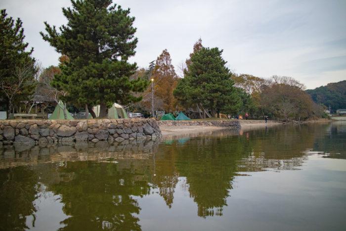 涸沼から親沢公園キャンプ場を見渡す。
