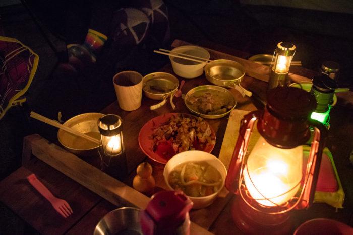 親沢公園キャンプ場でキャンプの夕飯