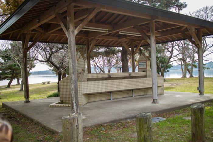 親沢公園キャンプ場の炊事場