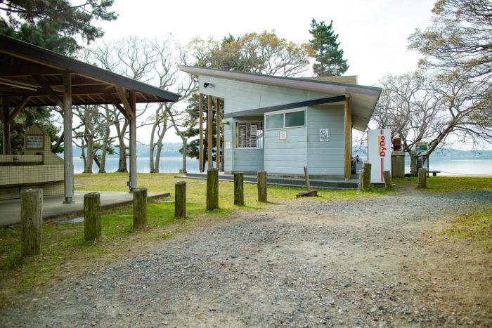 親沢公園キャンプ場の管理棟