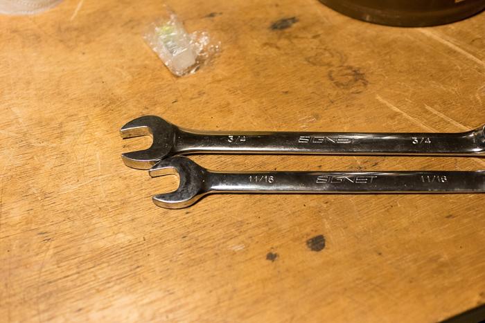 1976's OLD Coleman 275 分解の為のインチ工具