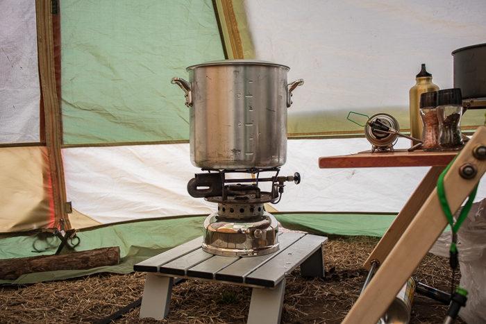 蔓巻公園キャンプ場で寸胴でポトフを作る