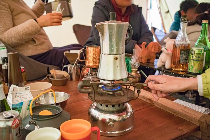 蔓巻公園オートキャンプ場で朝のコーヒー