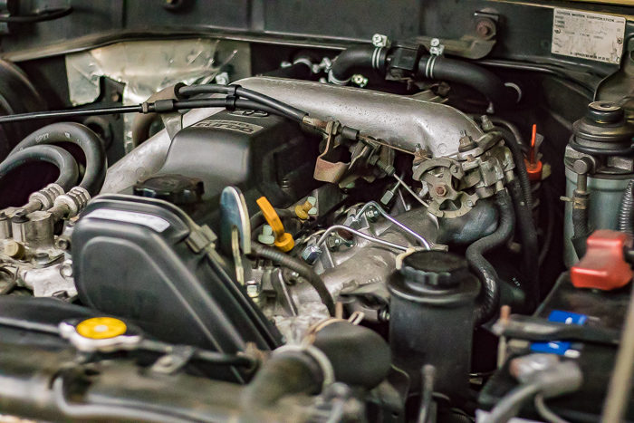 78ランドクルーザープラド1KZエンジンのエンジンヘッドヒビ割れ修理したエンジン