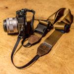 ターザンロープでも安心?!伸縮自在Ninjaストラップの38mmスウェードコヨーテブラウン。